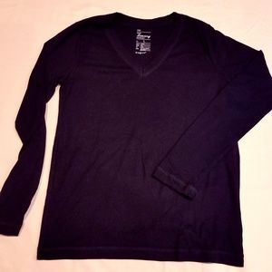 Long-sleeve Black V-neck Gap T